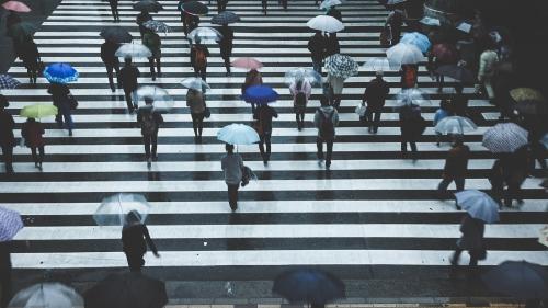 防水(屋外、雨天等で使用したい)